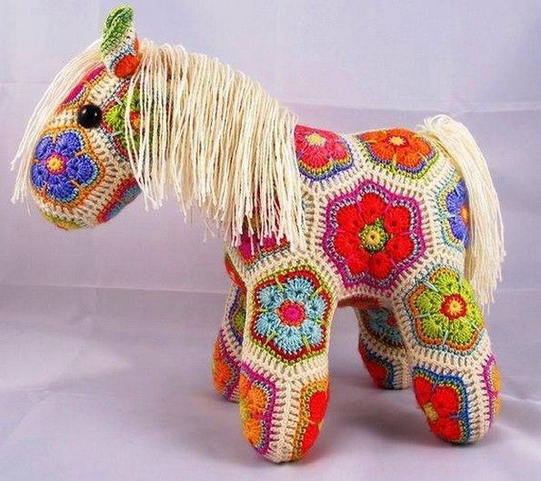 I don't know why I have a strange feeling affiliated with the crochet craft. whenever I see some of the art crafts made using the crochet, it reminds me of my grandmother. Because in childhood, ...